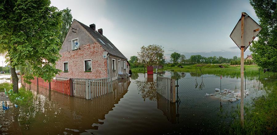 Powódź w Jelczu-Laskowicach